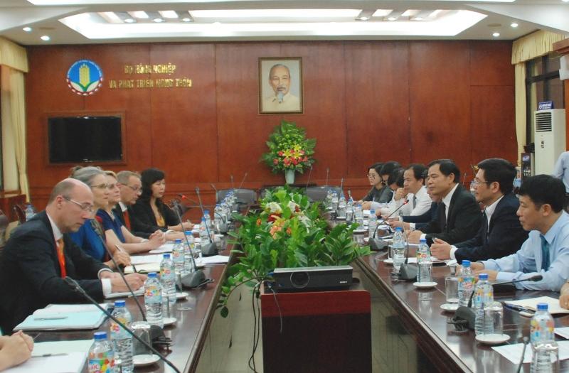 Việt Nam mong muốn hợp tác phát triển giống rau, hoa và khoai tây với Hà Lan